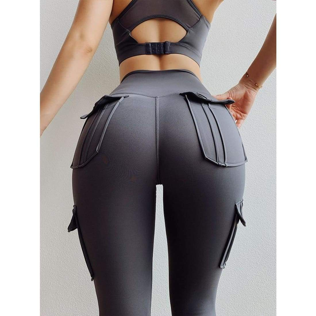 Sculpt cargo leggings - L / Gray - Pants