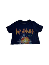 Load image into Gallery viewer, Def Leppard Band Tee