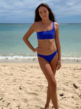 Load image into Gallery viewer, Stone Fox Swim Nusa Top