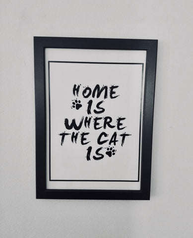 Çerçeveli Tablo - Home is Where the Cat Is