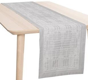 Oak Park Jacquard Table Runner
