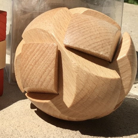 Ball Wood Block Puzzle