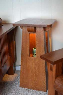 Craftsman Lighted Art Pedestal Table.
