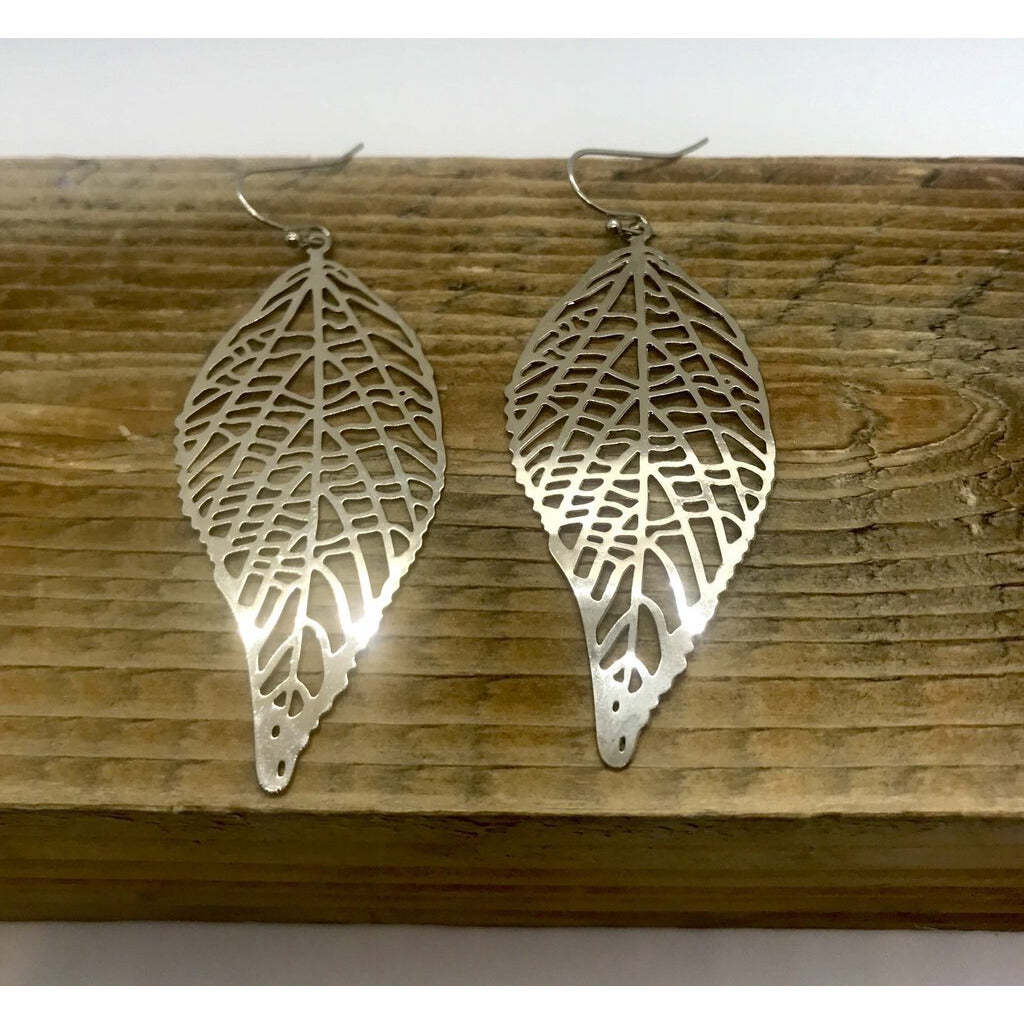 Silver Filigree Leaf Dangle Earring