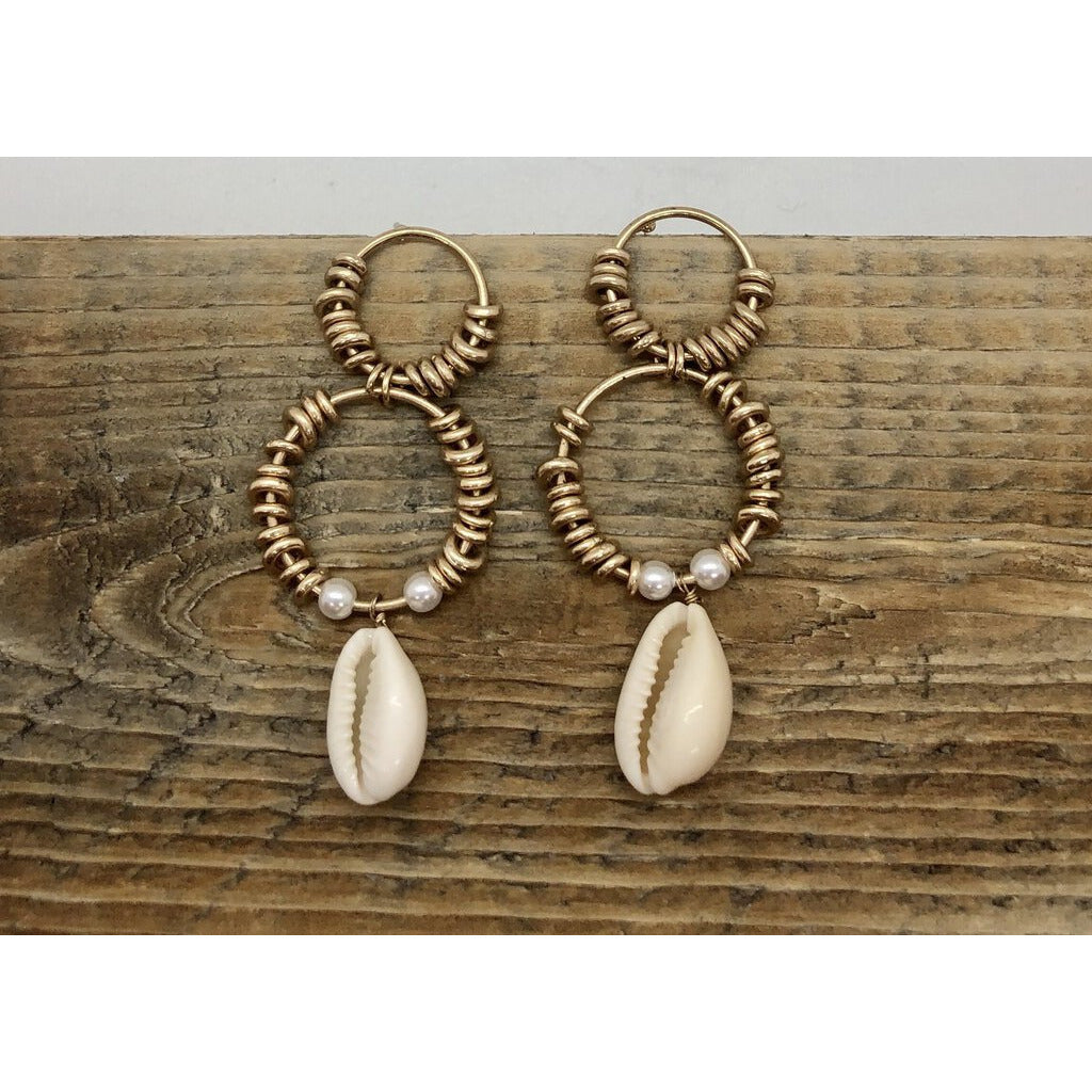 Cowry Shell & Double Circle Gold Earring