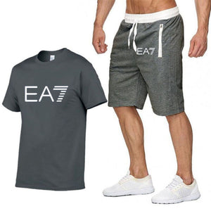 2019 Train Graphic Series Print Fashion For Men New EA7 white Short Sleeve Men Tracksuits Set Male T-shirt fashion Clothing