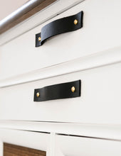 Load image into Gallery viewer, Leather Drawer Handle [Flat End]