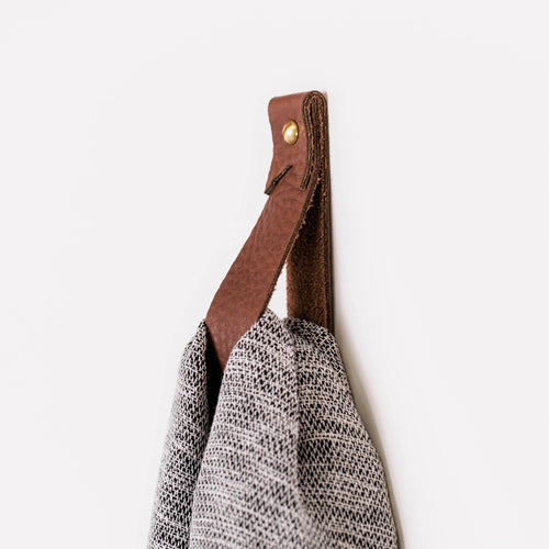 Medium leather wall hook minimal wall strap modern decor brass towel ring hanging loop strap storage Scandinavian Curtain Rod Mount Nordic home accessories