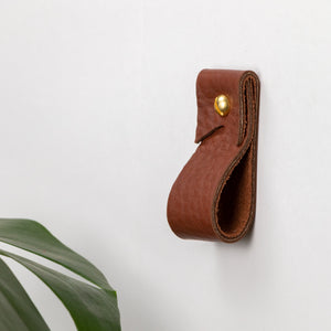 Small brown leather wall strap minimal leather wall hook modern decor brass towel ring leather wall hanging loop strap wall storage Scandinavian Curtain Rod Mount bracket window treatment