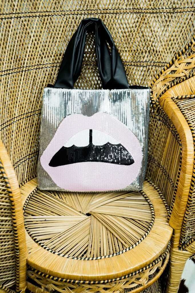 Hot Lips Tote