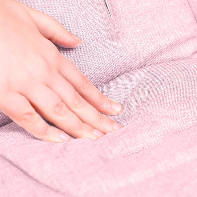 phil&teds cushy ride liner in blush pink is soft to touch close up_blush