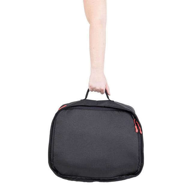 phil&teds igloo is easy to carry with handle _black