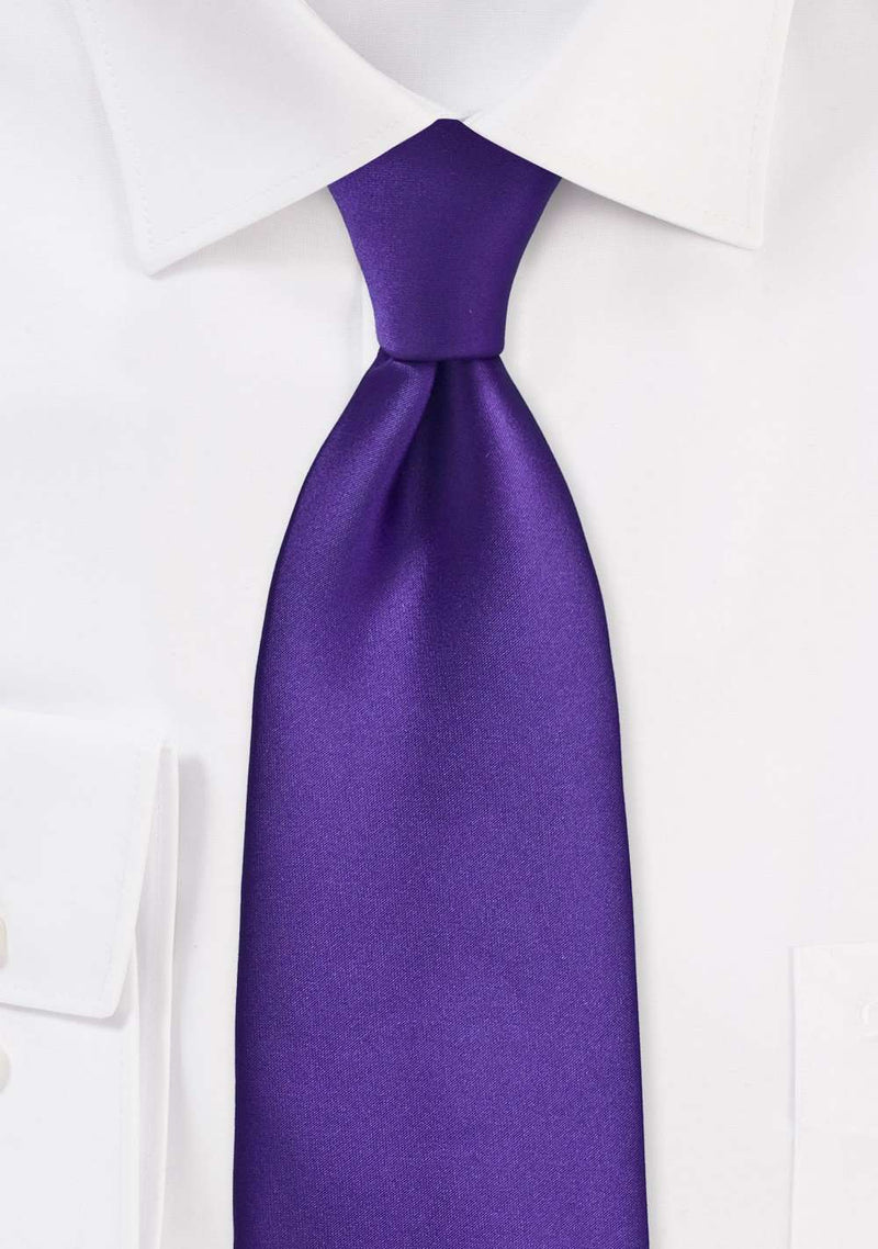 Regency Solid Necktie