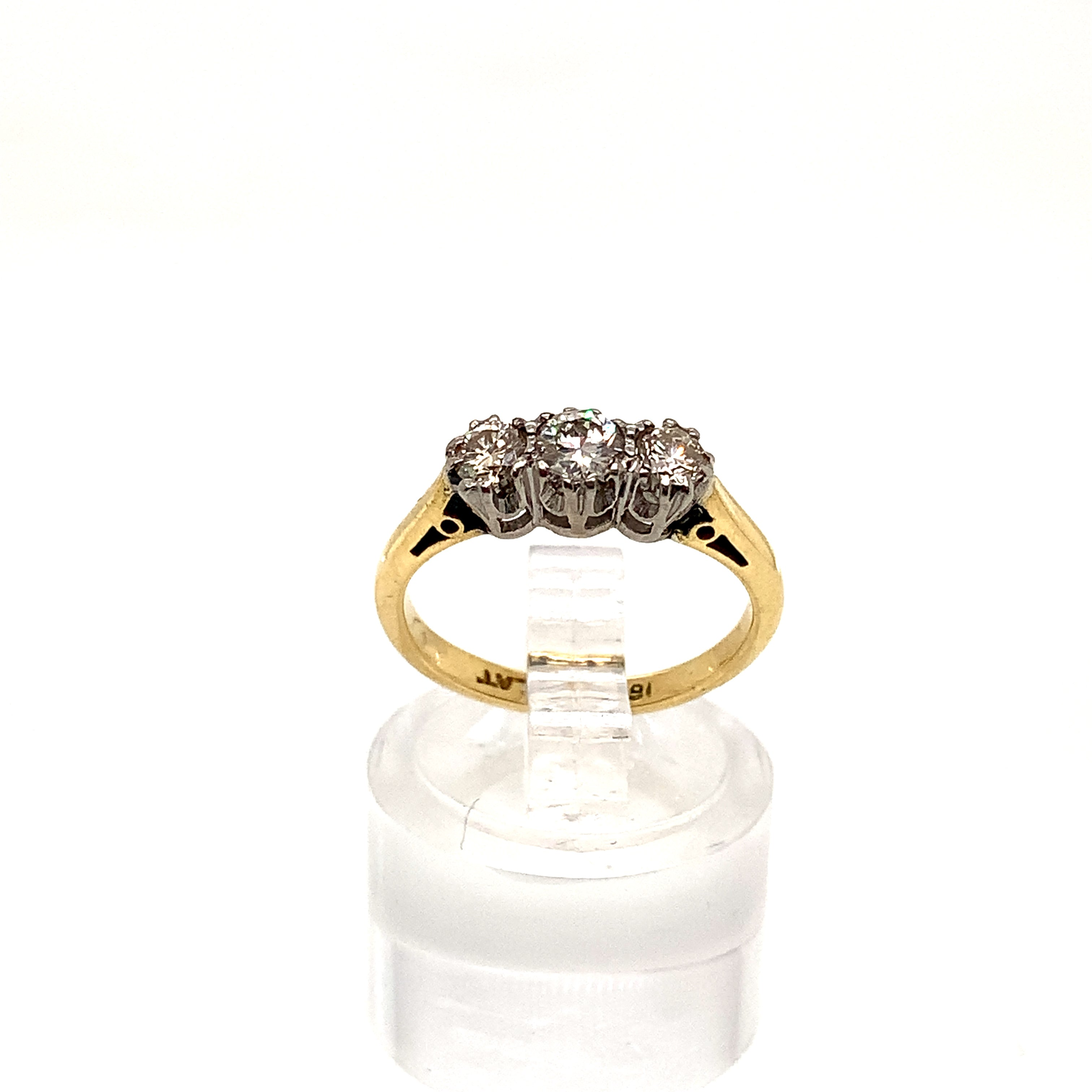 18ct Yellow Gold Graduated Trilogy Diamond Ring with Platinum Head
