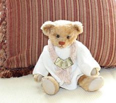z Ideal (1908) Buster Bear. Showcased by Cheryl Katz