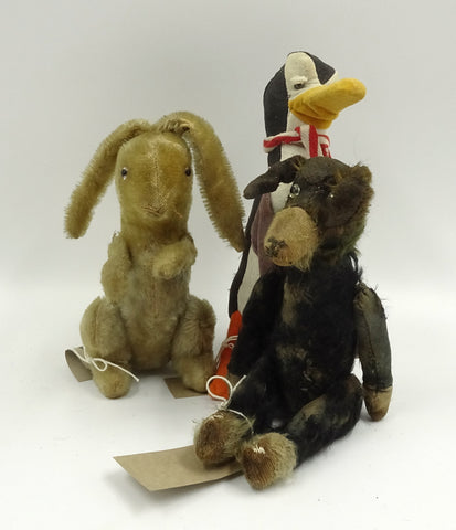 (1930) A Button. Squeak with Pip and Wilfred