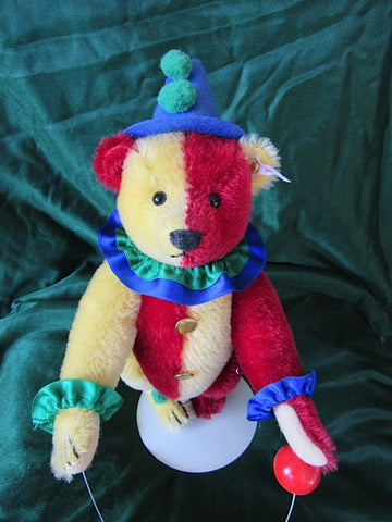 SOLD (2001) Steiff Jester Clown. Replica For sale with Susan Mckay 295$ £195