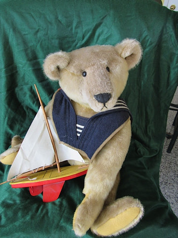 Artist bear Skipper. For Sale Susan Mckay 275$ £182