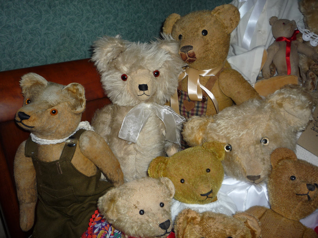 18 Group of early American and English bears