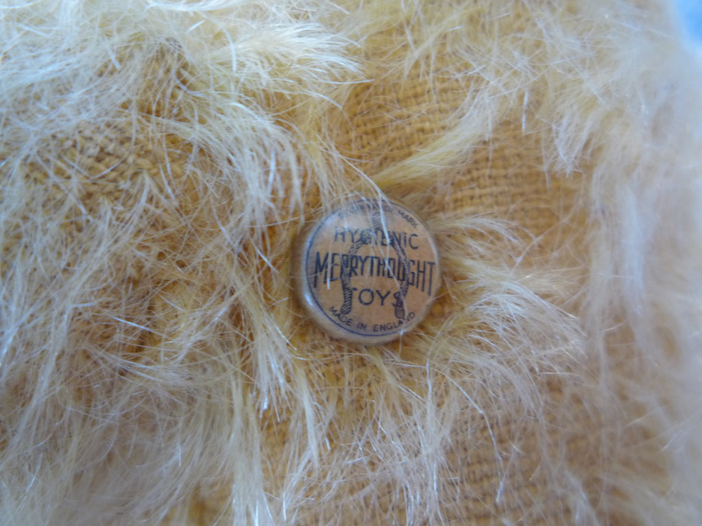 (1930) Merrythought Button