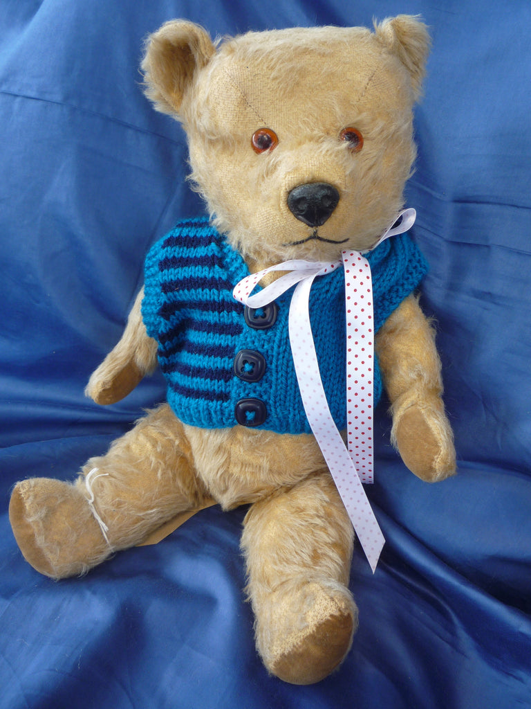 SOLD (1950) 2 Hugmee Label Bro Bear £65