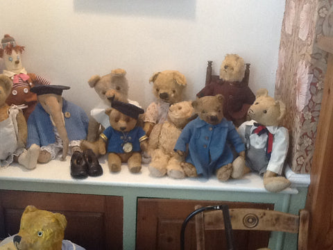 A group of Teddies. Iris Ware