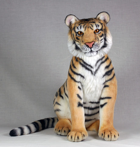 (9B) D2 Naturalistic animal. Tiger. Lisa Page