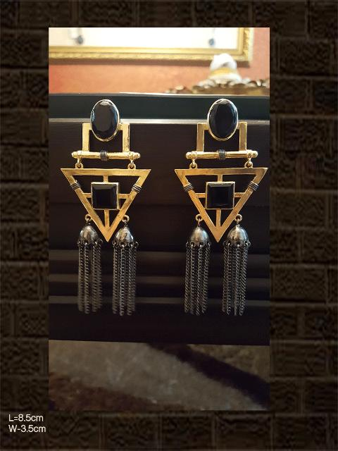 Black stone earring with two jhoomkies in black and gold polish