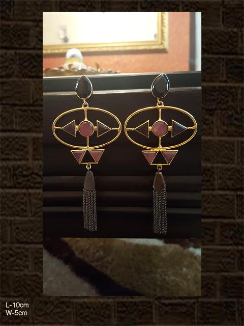 Pink earring with gold and black polish