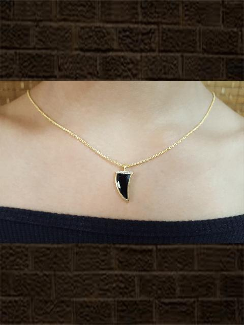 Gold plated sterling silver Black onyx coin pendant with studded zircon with chain