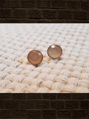 Rose chalcedony flat cut pure silver studs(length-0.8cm)