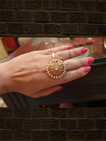 Geru enamel kundan ring in flower design