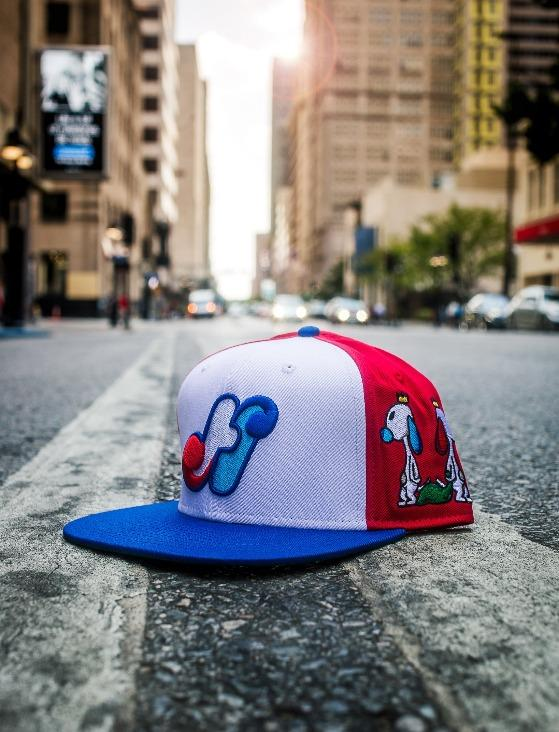HidalgoUSA_Vintage_Panel_Snapback_Hat_Close