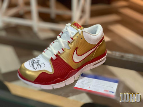 Trainer 1 Ltd Manny Pacquiao Signed (Manny Pacquiao signed)