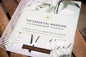 The Essential Wedding and Engagement Planner (Softcover)