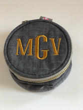 "Load image into Gallery viewer, Monogrammed 3"" Jewelry Pouch"