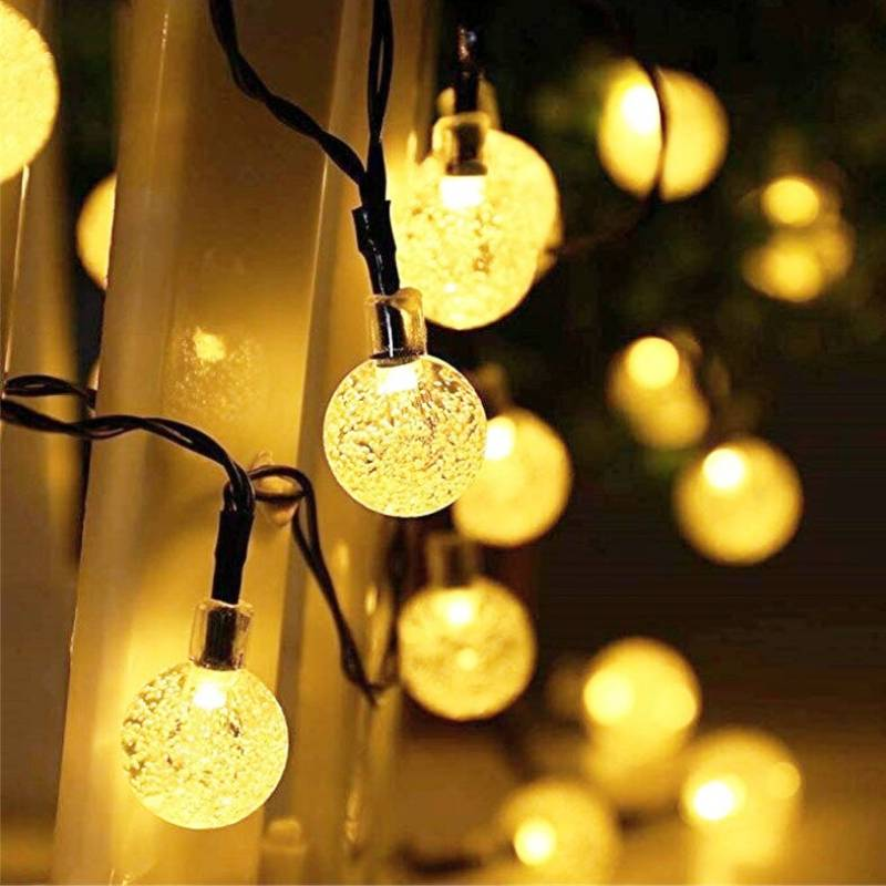 Stellar Gold Solar globe LED string lights close up
