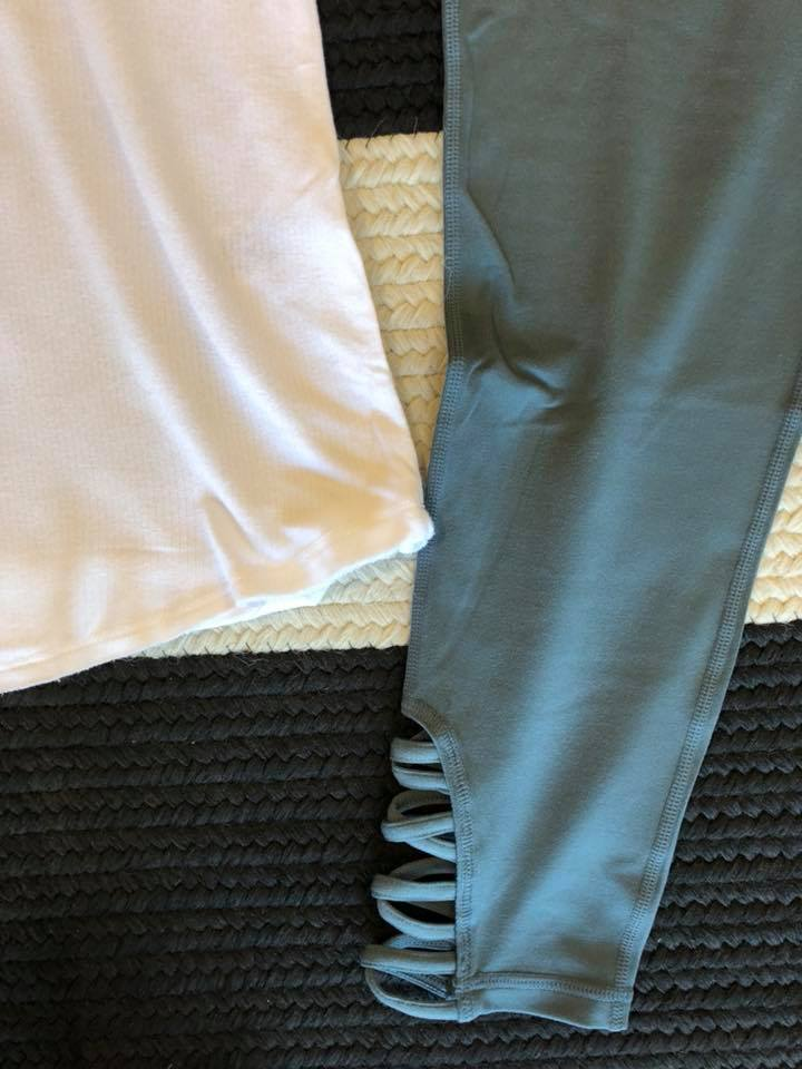 Teal Cutout Ankle Leggings