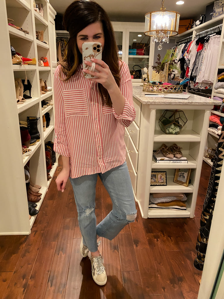 *BELLES & STEALS* Chelsey Button Down in Red