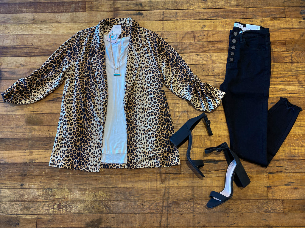 Bullet Point Blazer in Leopard