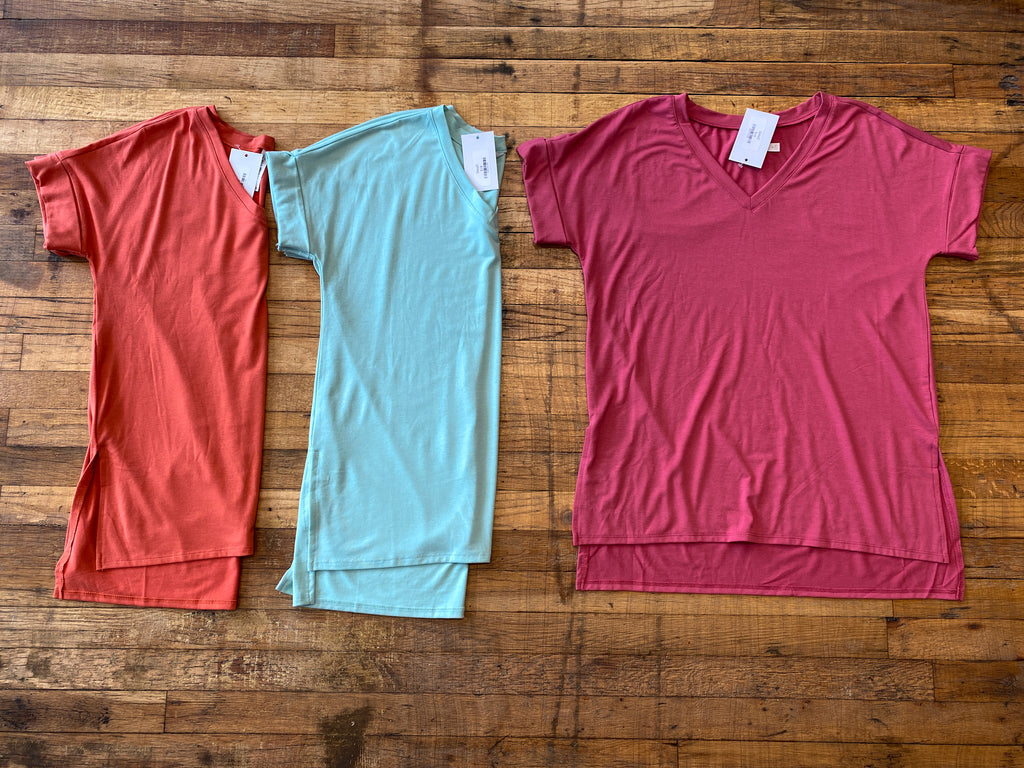 *BELLES & DOORBUSTER* Bright Side V-Neck Tee in Multiple Colors 2