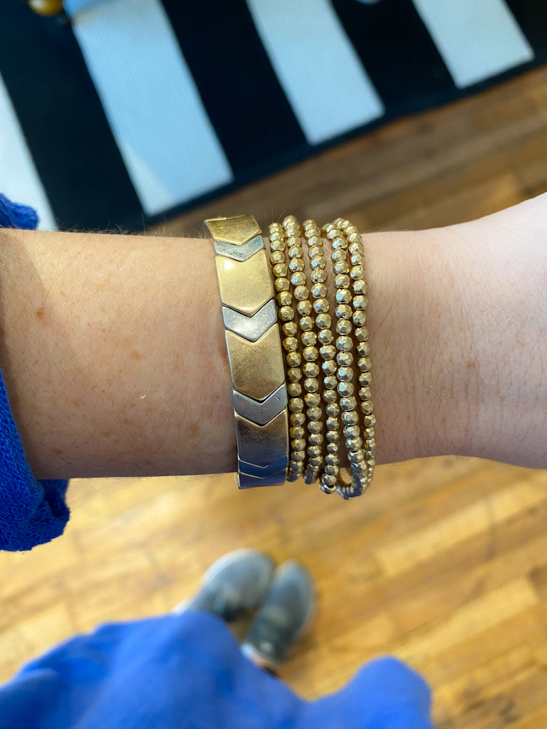 Mix It Up Chevron Bracelet in Gold/Silver