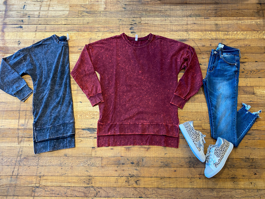 *BELLES & DOORBUSTER* Ford Mineral Washed Pullovers in Charcoal and Wine
