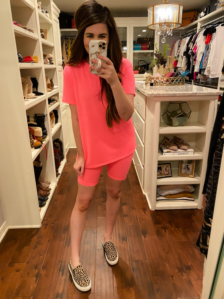 Ready, Set, Chic Tee in Neon Pink