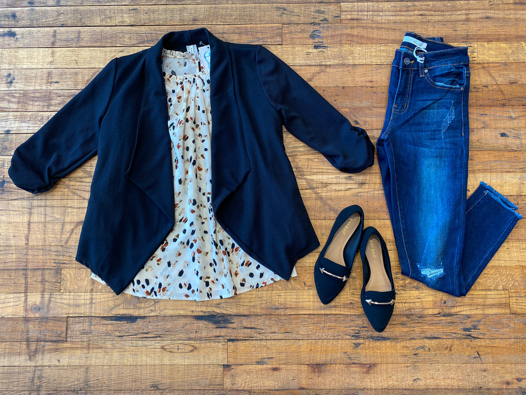*BELLES & STEALS* Effortless Every Day Blazer in Black
