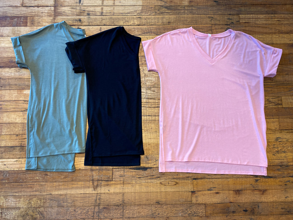 *BELLES & DOORBUSTER* Bright Side V-Neck Tee in Multiple Colors 3