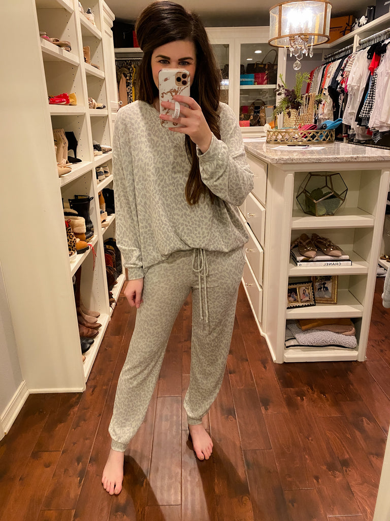 In Your Dreams Joggers in Oatmeal