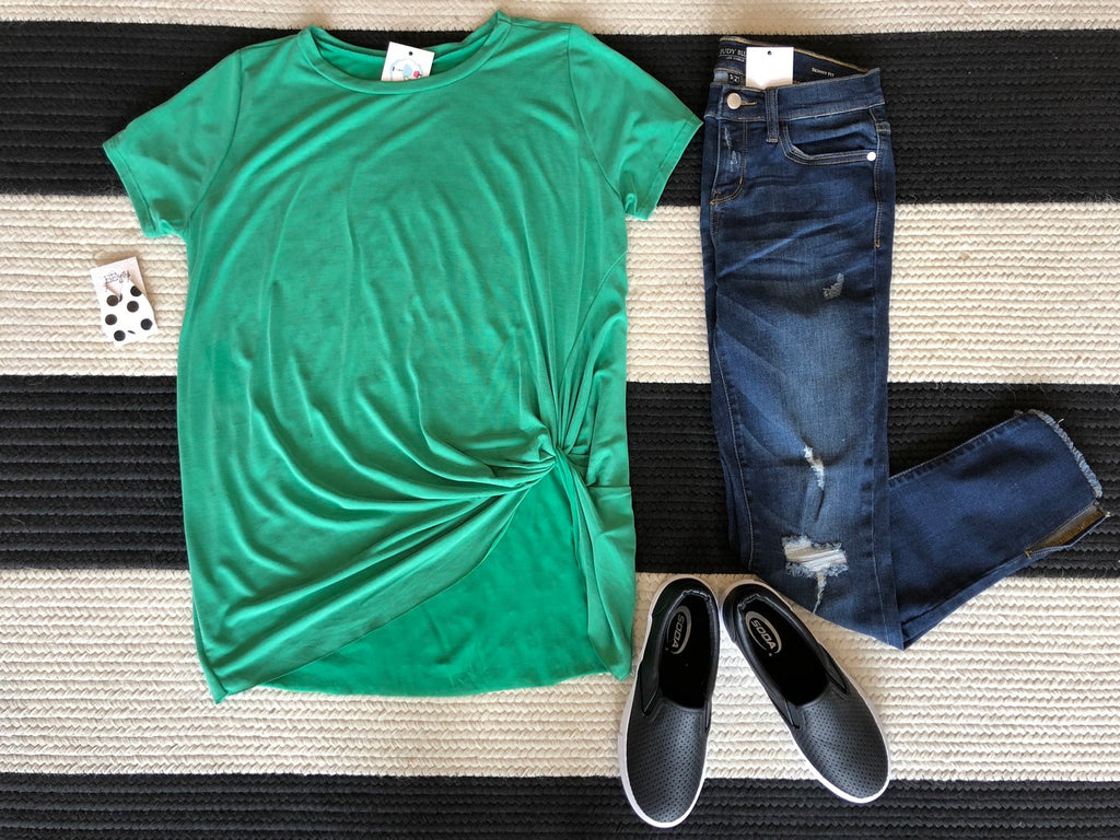 Jenna Twist Front Top in Kelly Green