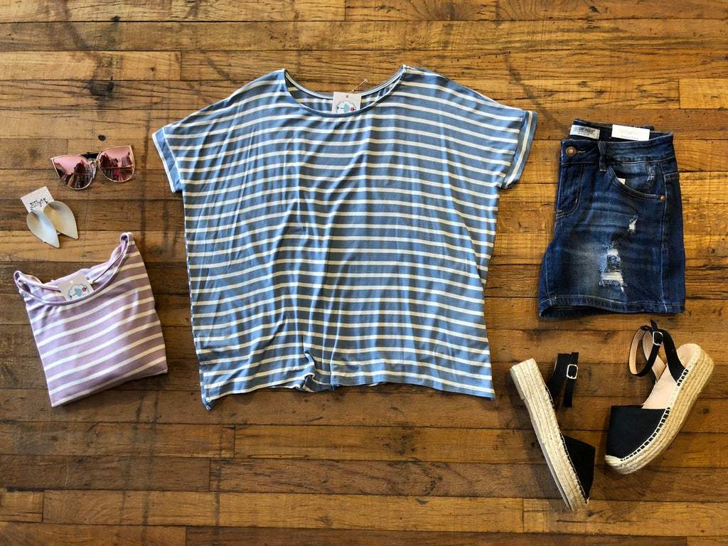 *BELLES & STEALS* Landon Basic Tee in Lavender and Denim