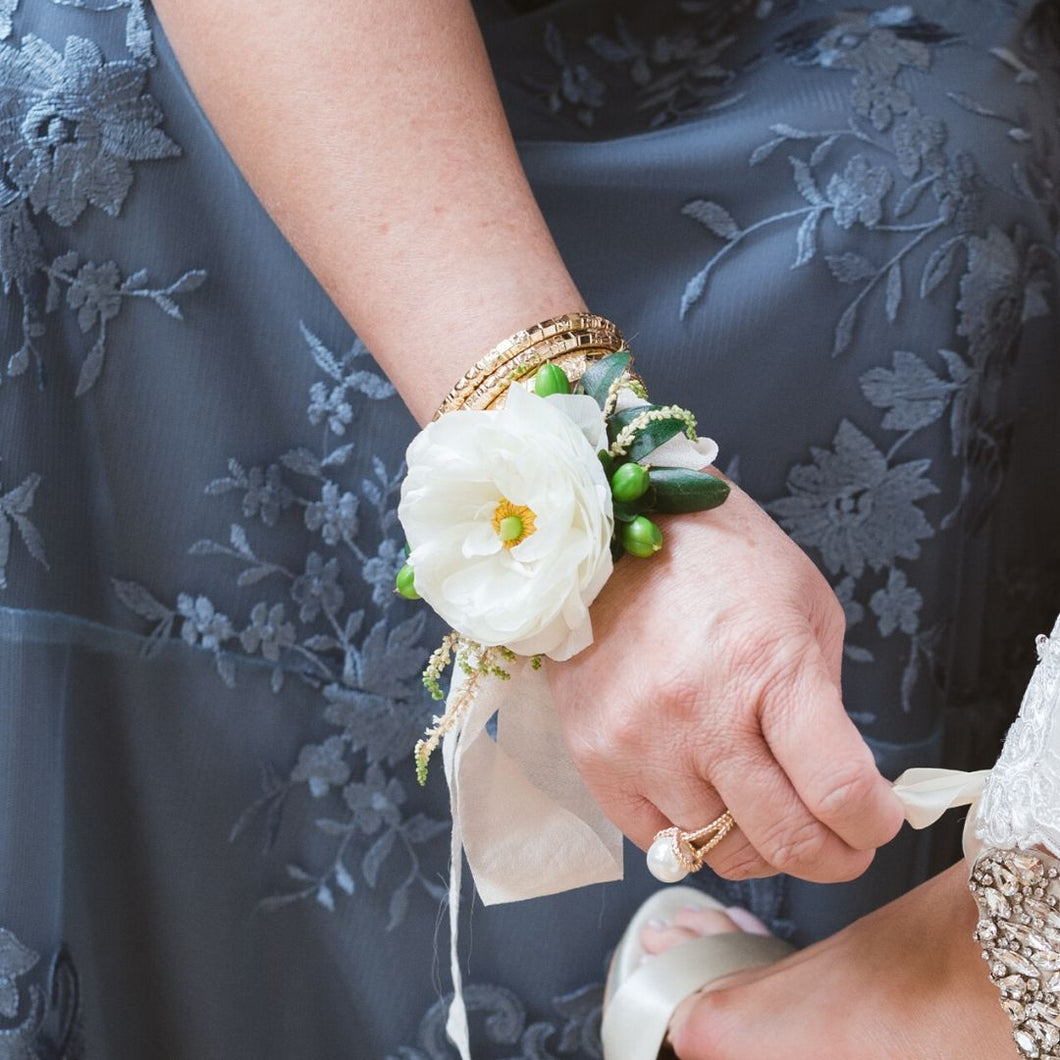 Blushing Neutral Corsage